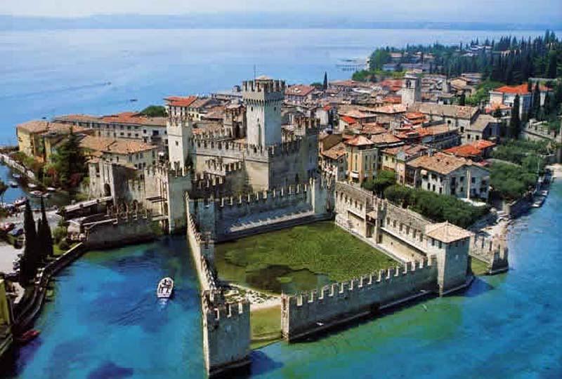 Visitare Sirmione - Cosa fare sul Lago di Garda